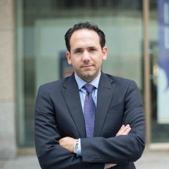 Fernando Garcia Headshot
